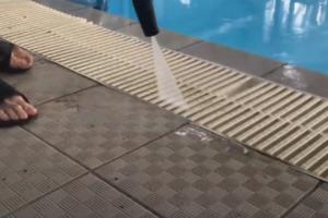 Проведение дезинфекции в бассейне